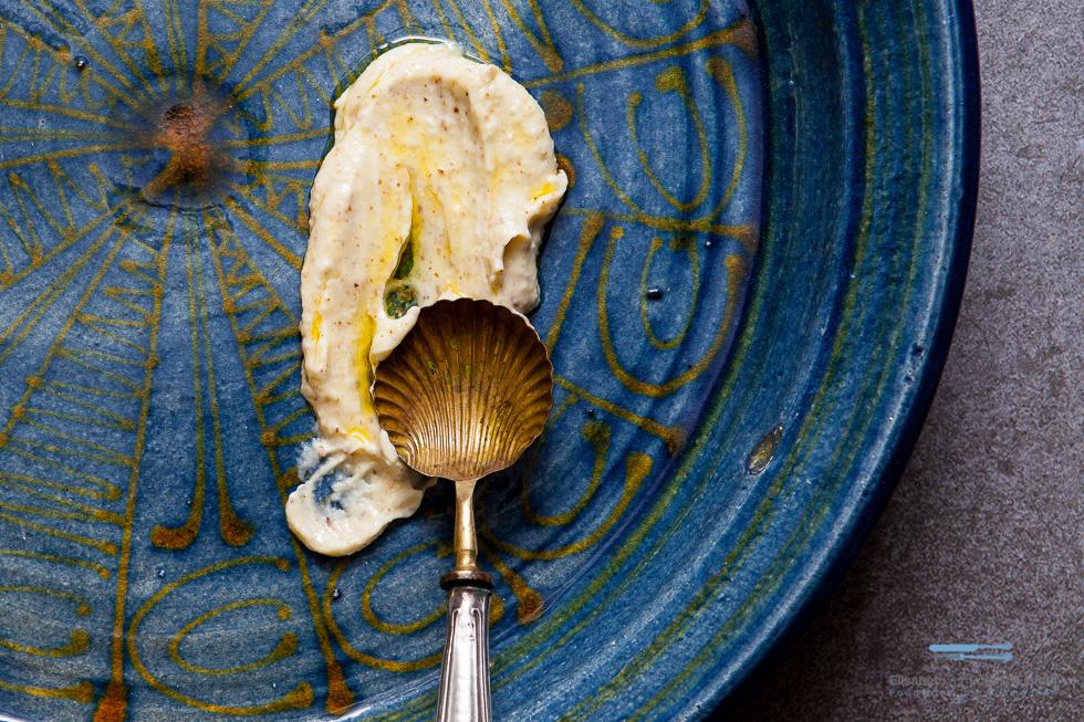 Dieser Mandel-Dip Bringt Dir Einen Neuen Geschmack Auf Den Grillteller. Er Passt Perfekt Zu Fleisch Und Gemüse.