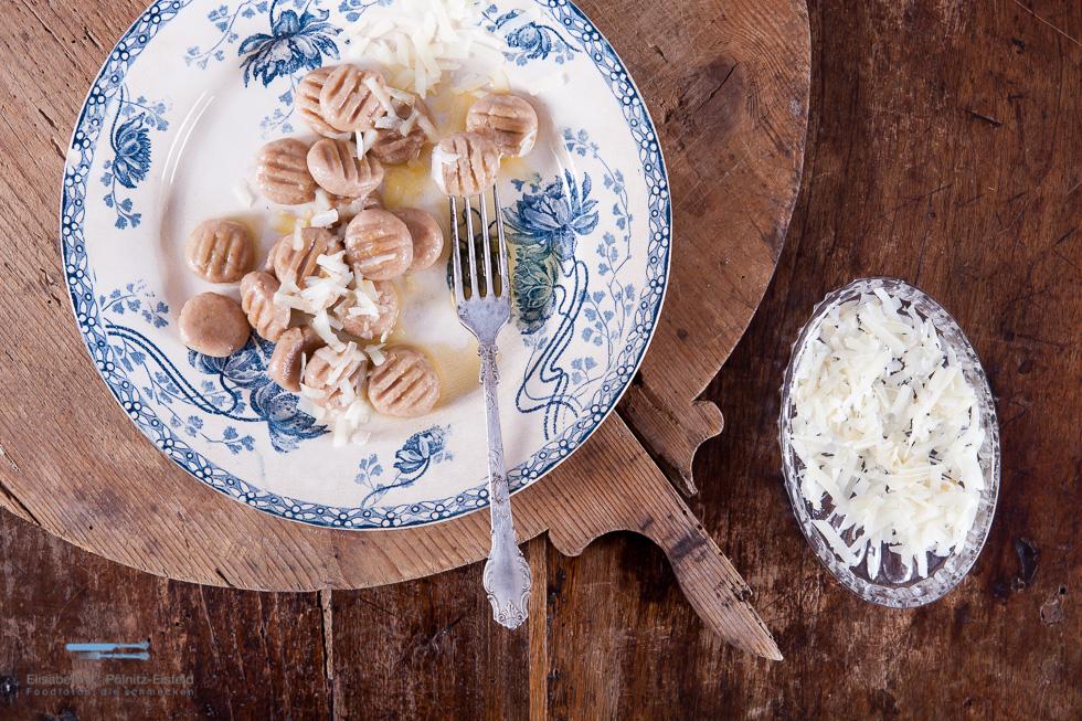 Kastanien-Gnocchi Passen Ganz Wunderbar In Die Schöne Herbstzeit. Sie Können Süß Oder Salzig Gegessen Werden.