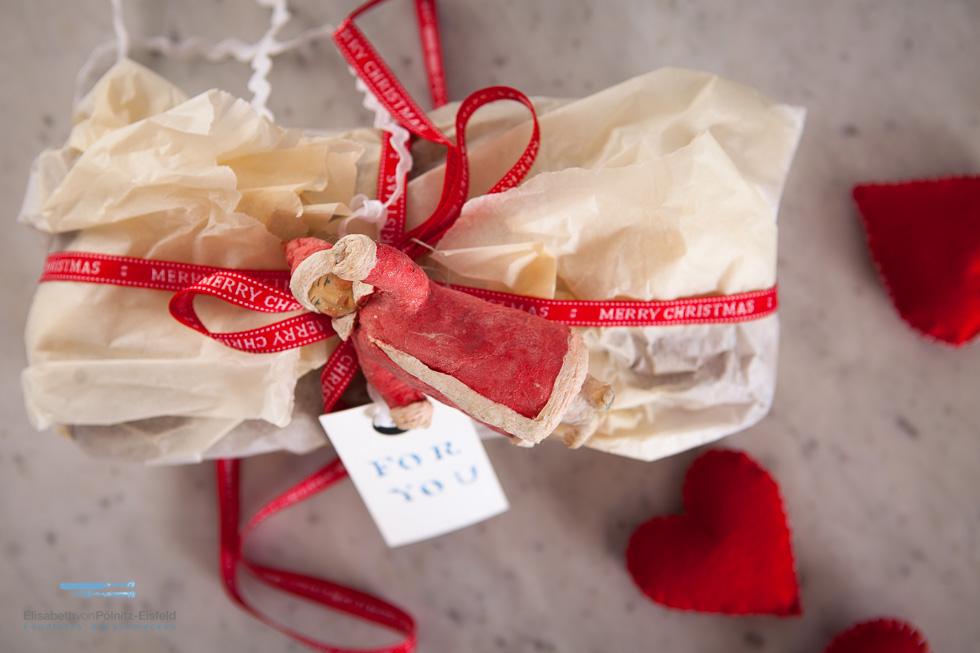 Dattel-Walnuss-Brot Mit Orangenblüten-Sirup