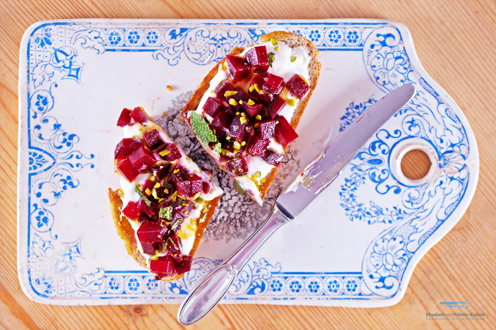 Rote-Beete-Toast