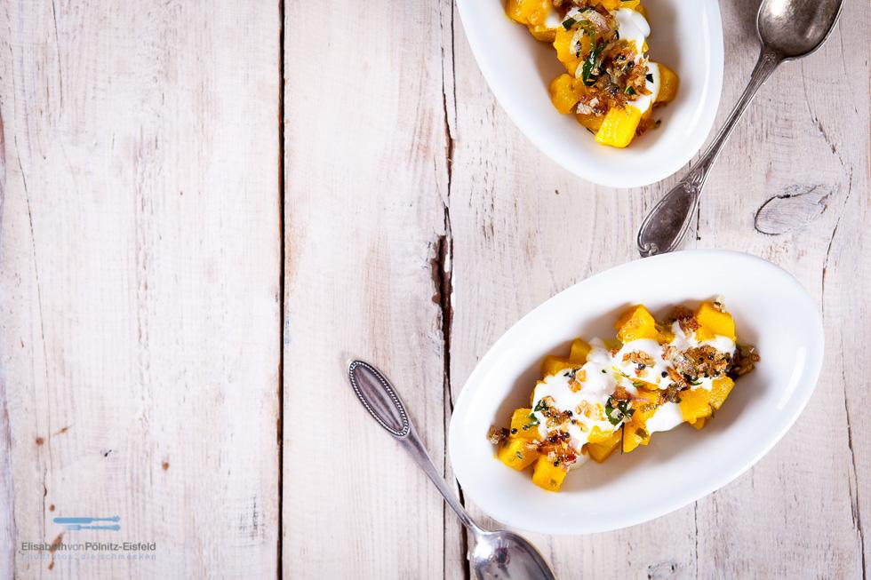 Joghurt-Ananas-Salat