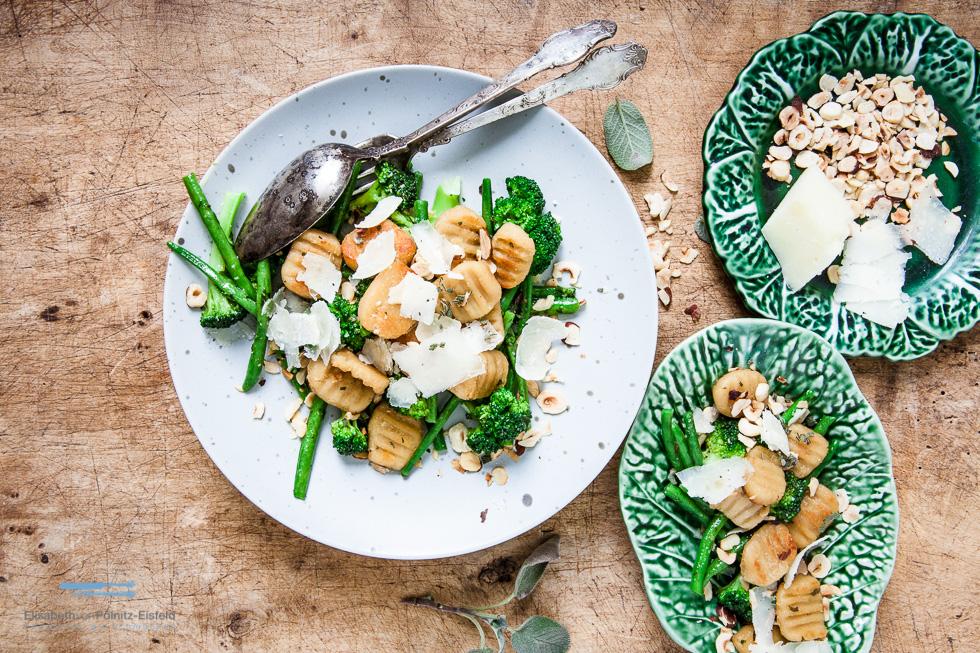 Bohnengnocchi Mit Broccoli Und Bohnen