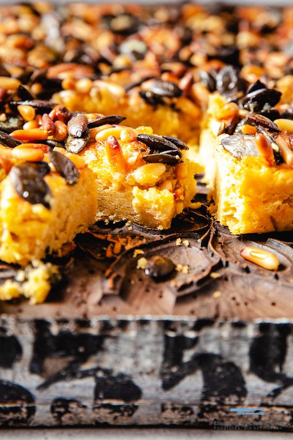 Kürbisbrot, Lacher Kuchen mit Kernen